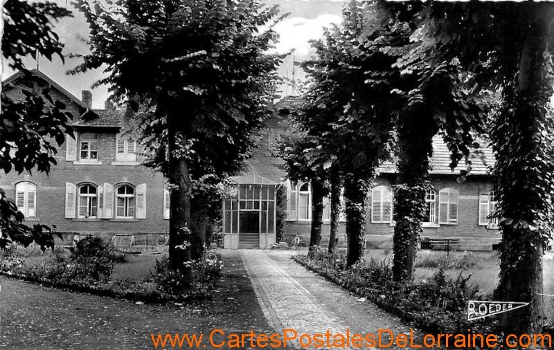 1960 CP hopital entree - Copie.jpg