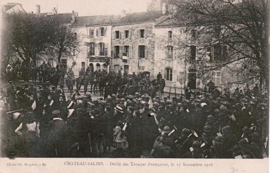 Château-Salins Défilé des troupes française le 17 novembre 1918.jpeg