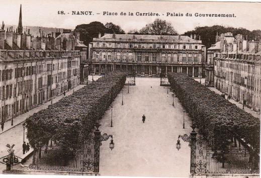 Nancy Place de la Carrière et Palais du Gouverneur.jpeg